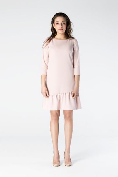 Sukienka falbana modelka 1